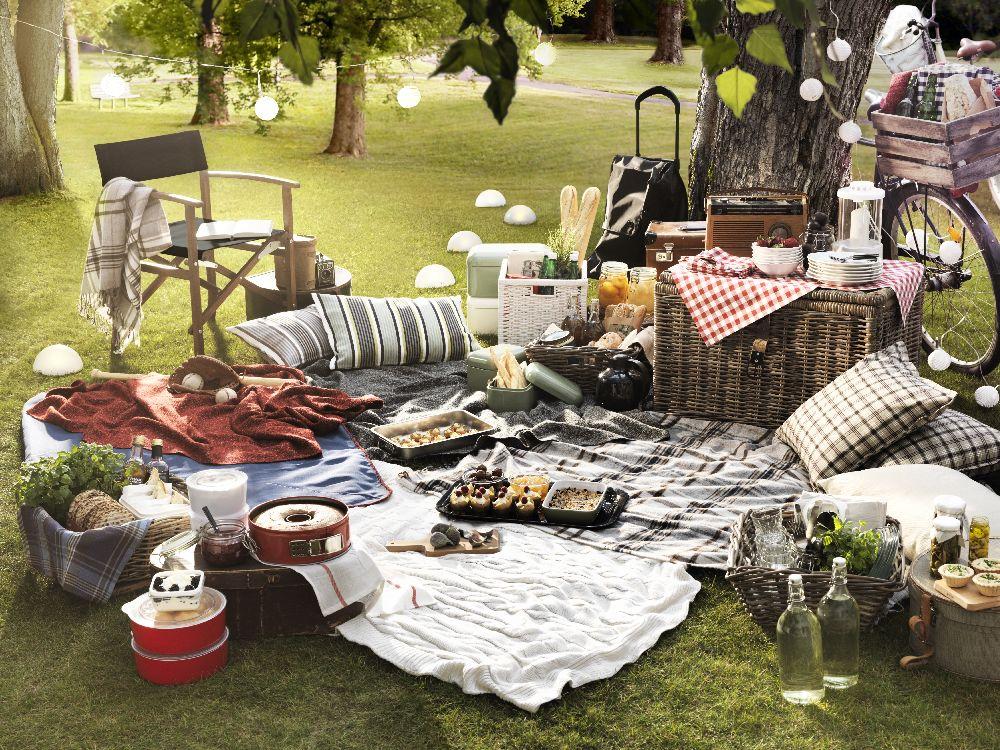 Máj, lásky a pikniku čas