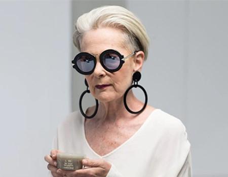 Ako sa 63-ročná Lin Slater stala novou ikonou módneho štýlu
