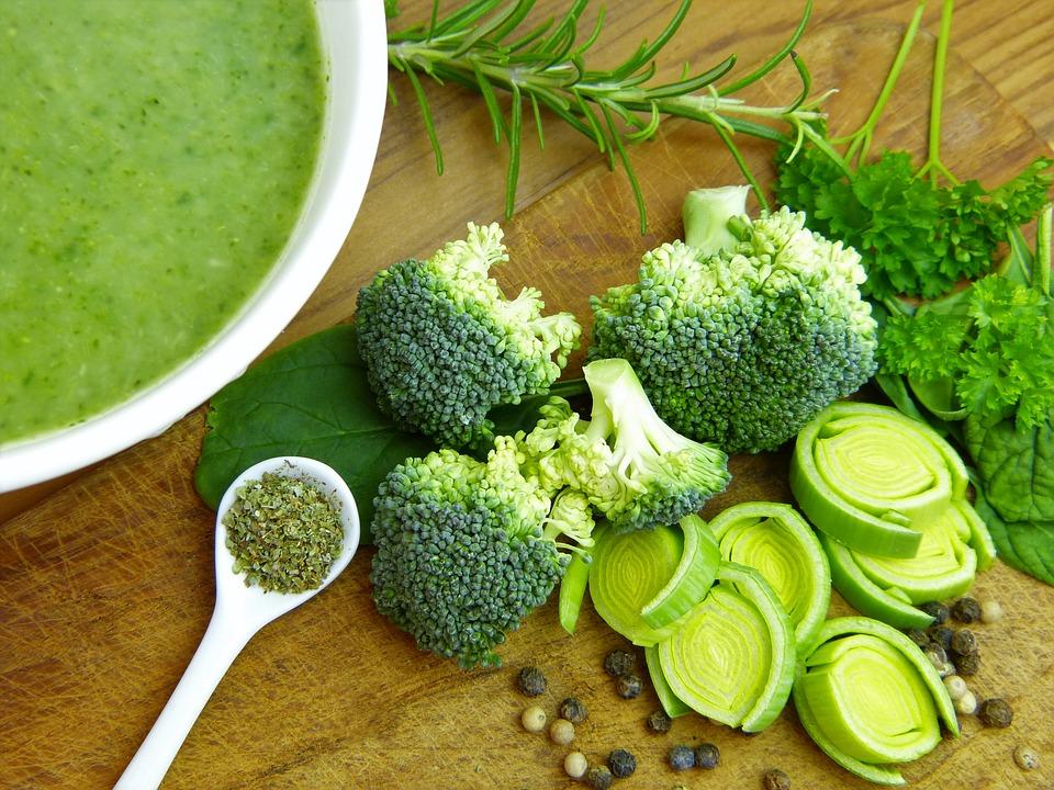 Zelená zelenina má málo kalórii a veľa živín, môžeme si jej dopriať koľko chceme